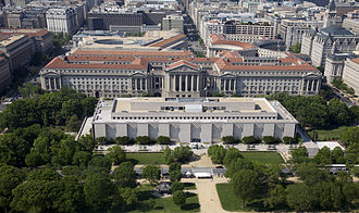National Museum of American History - Image: Aerial view of National Museum of American History