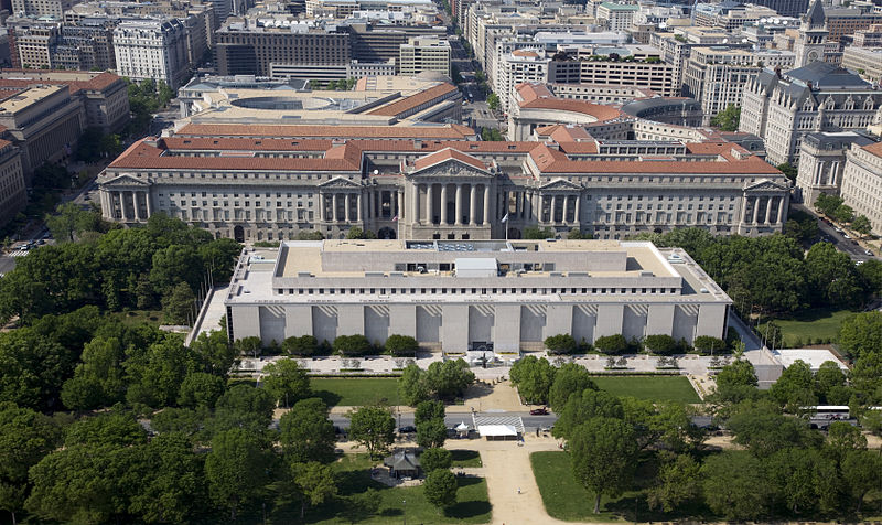 Archivo:Aerial view of National Museum of American History.jpg