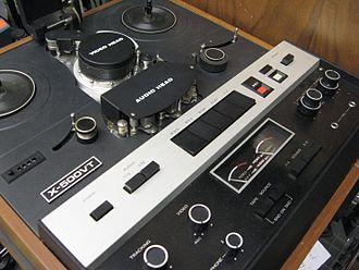 Akai videotape format - Akai X-500VT 1/4 inch VTR at DC Video