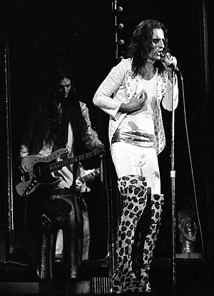 Billion Dollar Babies - Alice Cooper performing live during the Billion Dollar Babies tour.