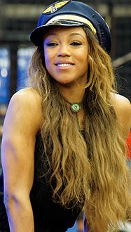 Alicia Fox WrestleMania 32 Axxess.jpg