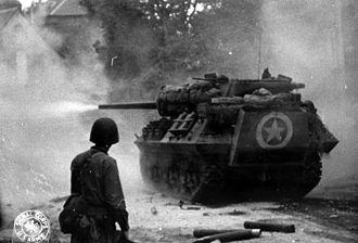 M10 tank destroyer - M10 in action near Saint-Lô, June 1944.