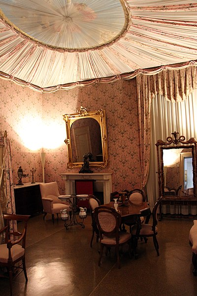 File appartamento di elisa o della contessa di mirafiori for Piani della camera da letto divisi