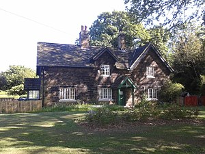 Listed buildings in Sheffield S2 - Image: Arbourthorne Cottages (South West)