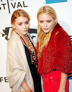 Ashley Mary-Kate Olsen 2011 Shankbone.jpg