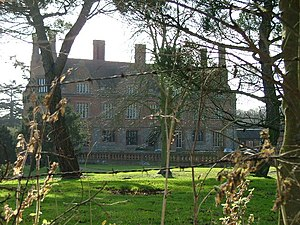 Aston Bury - Aston Bury Manor house