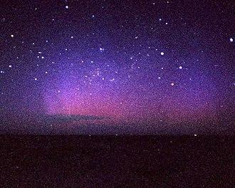 Te Raekaihau Point - Image: Aurora Australis Frame 18Paul M