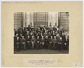 Australian Library and Information Association - Group photograph of the delegates attending the Australian Institute of Librarians' inaugural meeting at Canberra, 20 August 1937.