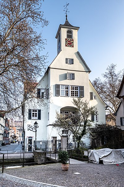 Bürgerheim Tübingen gesehen von der Krummen Brücke 2019.jpg