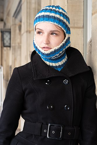 Balaclava as suggested fashion piece for winter 2018 - modelled by ModelTanja.jpg