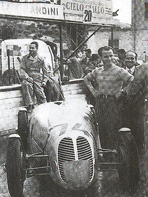 Bandini 1100 siluro - Ilario Bandini at Pescara, with his brother Gualtiero  behind him.