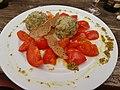 Bergkräuterknödel geschmorte Tomaten.jpg