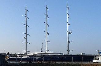 Black Pearl (yacht) - Image: Black Pearl 04