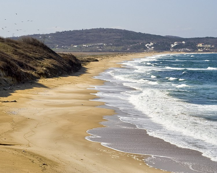 파일:Blacksea-bg-beach-dinev.jpg