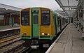 Bognor Regis railway station MMB 06 313215.jpg