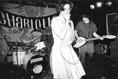 Picture of a band or musician: Bratmobile