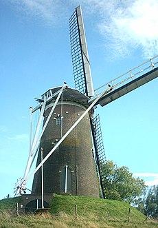 "Moinho de vento ""Prins van Oranje"" em Bredevoort na Holanda (Países Baixos)"