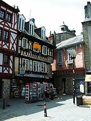 180px-Bretagne_Finistere_Quimper_20055.jpg