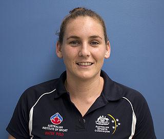 Bronwen Knox water polo player