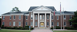 Bryan County Courthouse, Pembroke, GA, US.jpg