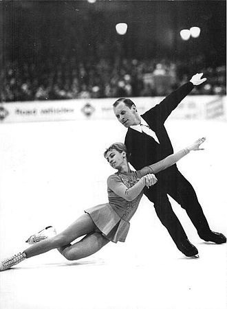 Pair skating - Ludmila Belousova / Oleg Protopopov in 1968