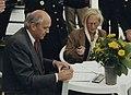 Burgemeester Pop en Van Hoogdalem-Arkema (1997).jpg