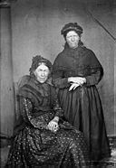 Cadi and Sioned, Llanfechell NLW3363377.jpg