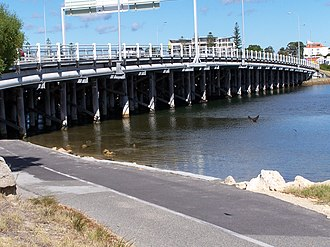Canning Bridge - Canning Bridge from the eastern side of the Canning River