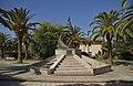 Carbonia - Monumento al minatore - panoramio.jpg