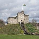 Cardiff Castle keep 2018.jpg