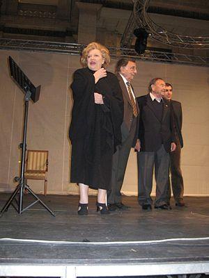 Carla Boni - Carla Boni, Franco De Gemini, Giorgio Consolini and Carlo Posio on the stage during the event held in Manfredonia