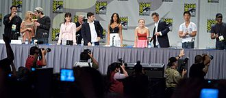 Heroes (U.S. TV series) - Cast of Heroes at ComicCon 2008. (Masi Oka and Jack Coleman not pictured.)