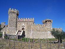 Un château -ajonc - 14 février trouvé par Jovany 220px-Castello_di_Amorosa_front