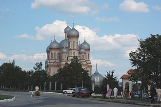 Drochia - Image: Catedrala Maicii Domnului intrare