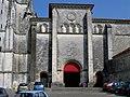 Charente-Maritime Saintes Eglise Saint-Eutrope - panoramio.jpg