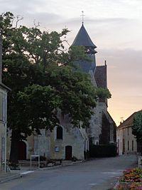 Chichery eglise Saint-Laurent.jpg