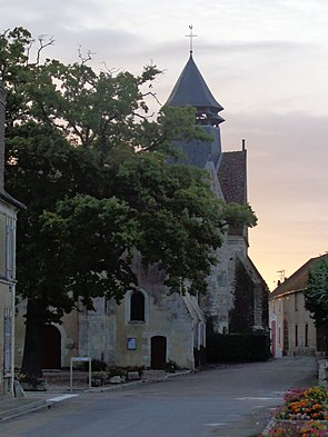 Chichery eglise Saint-Laurent.jpg