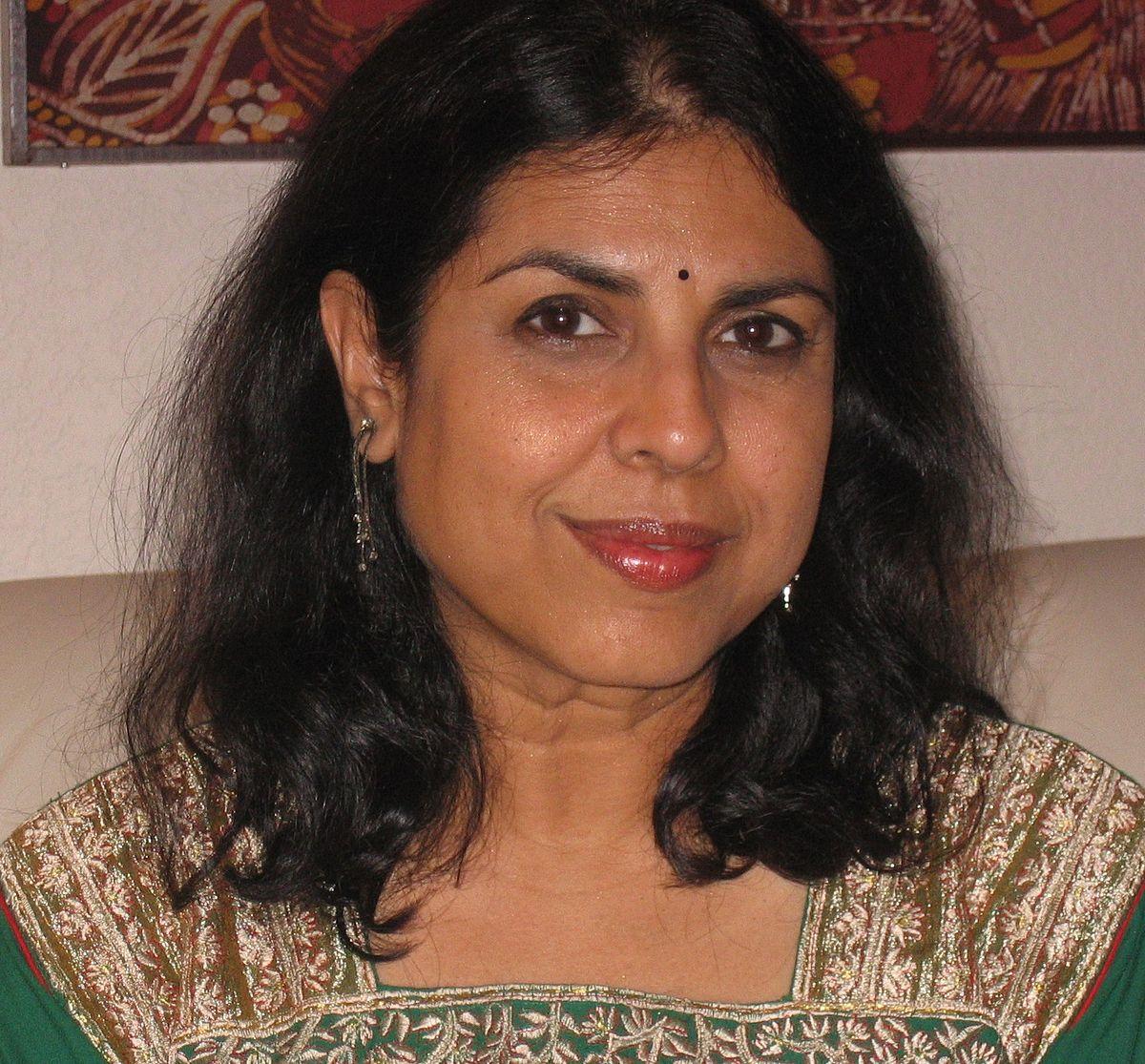 Chitra Banerjee Divakaruni - Wikipedia