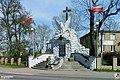 Chotomów, Pomnik pamięci poległych i pomordowanych 1939-1945 - fotopolska.eu (314473).jpg