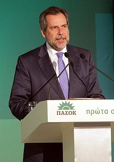 Christos Papoutsis Greek politician