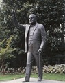 Churchill Statue, British Embassy, Washington, D.C LCCN2011630702.tif