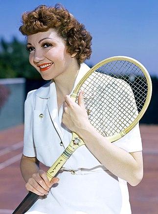 Claudette-colbert-plays-tennis