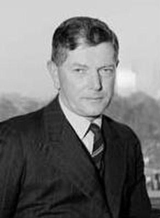 Polyclonal B cell response - Frank Macfarlane Burnet (1899-1985).