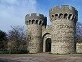 Cooling Castle Gateway - geograph.org.uk - 1067812.jpg