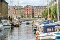 Copenhagen boat under footbridge (45128847621).jpg