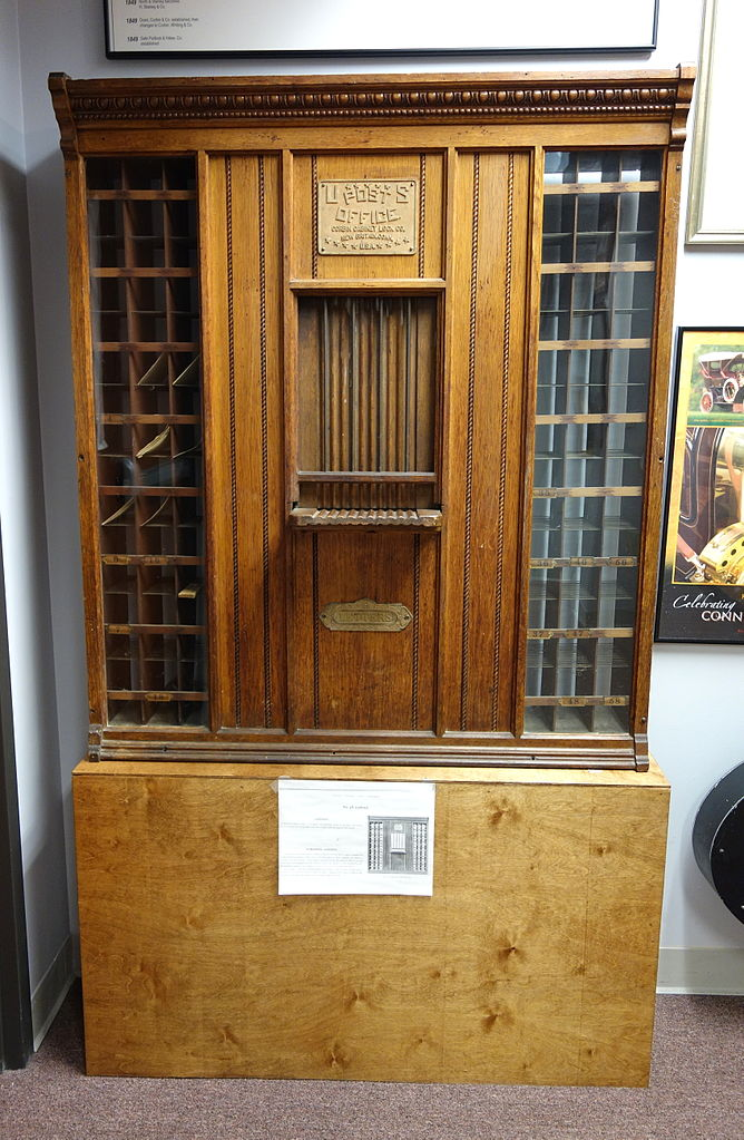 File:Corbin Cabinet Lock Co, No. 38 cabinet - New Britain ...