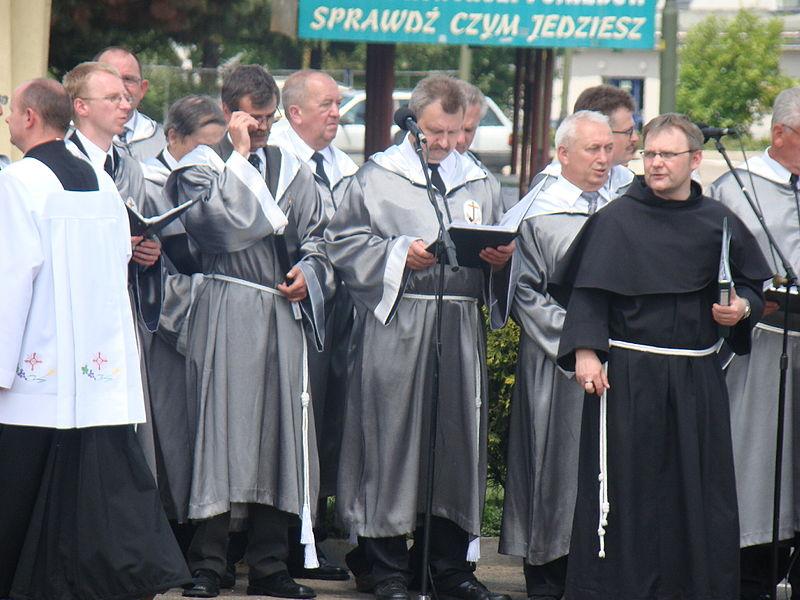 File:Corpus Christi Mass and Procession in Sanok 2009 14.JPG