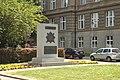Dejvice, vojenský památník.jpg