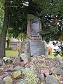 Denkmal Weltkriege - Buckow - panoramio.jpg