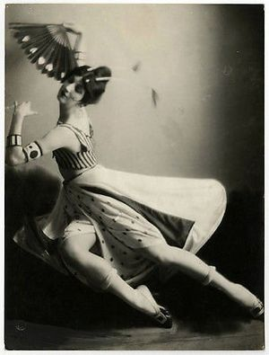 Modest Stein - 1918 photograph of American dancer Desiree Lubovska by Marcia Mishkin Stein